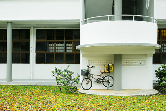 Photography by Olivia Griselda. Tiong Bahru.